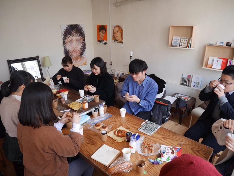 山形市内の空き店舗をリノベーションし、画廊としてオープンさせた「画廊10」