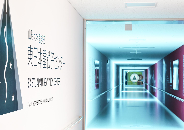 「IROMIZU」(株式会社中川ケミカル)の透明度の高い装飾用シートを使用