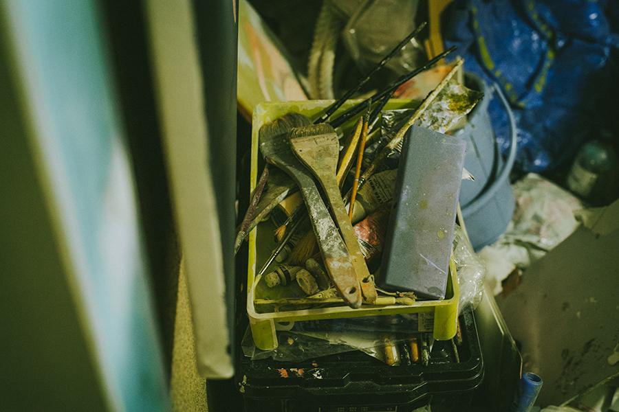 コナミデジタルエンタテインメント勤務 町田太一さん アトリエに置かれた制作のための道具たち